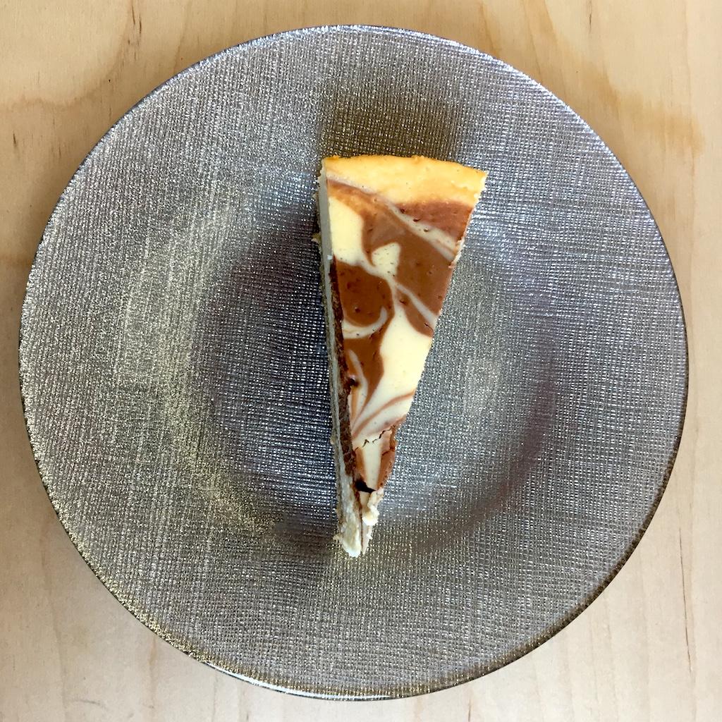 sernik pieczony w czekoladowe wzory 6