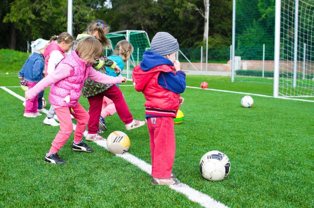 7 zestawów ćwiczeń dla dzieci - 2